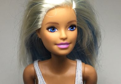 BARBIE WHITE HAIR